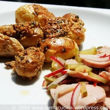 Rezept Parmesankartoffeln mit Wurstsalat