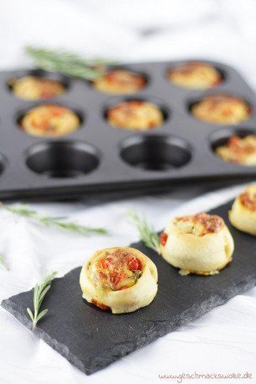 Rezept Partyrezept: Vegetarische Bruffins mit Tomaten, Mozzarella & Rosmarin