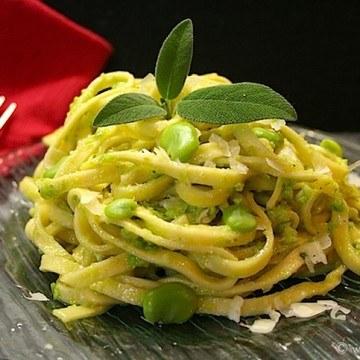 Rezept Pasta mit Fave-Salbei-Pesto