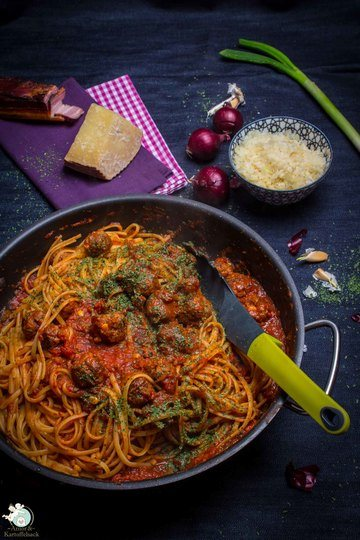 Rezept Pasta mit Fleischbällchen, neapolitanische Art