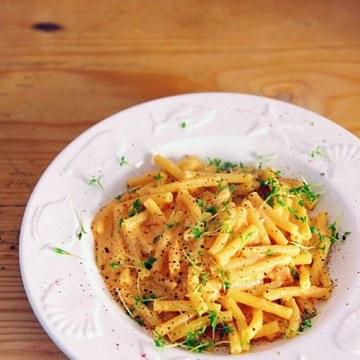 Rezept Pasta mit kräutriger Tomatencremesauce