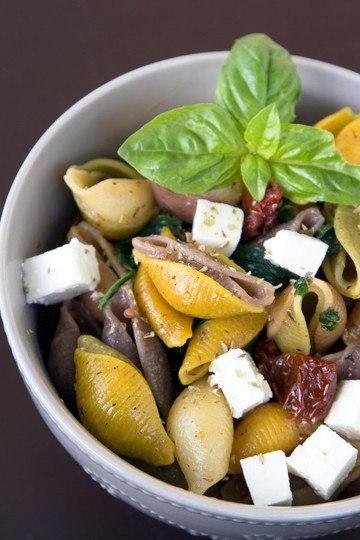 Rezept Pasta mit Spinat, Feta und getrockneten Tomaten