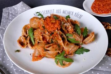 Rezept Pasta mit Tomaten Mandelpesto
