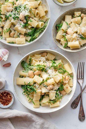 Rezept Pasta mit weißen Bohnen, Rucola und Zitrone