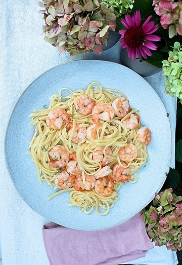 Rezept Pasta mit Zitronensauce und Garnelen