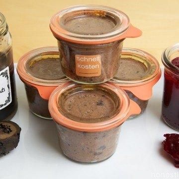 Rezept Pâté vom Wildschwein mit schwarzen Nüssen und Cranberryconfiture