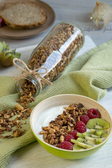 Rezept Peanut Butter Granola / Erdnuss-Müsli