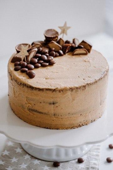 Rezept Peanutbutter Jelly Cake mit amerikanischen Süßigkeiten