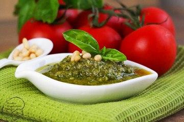 Rezept Pesto alla Genovese (klassisches Basilikum-Pesto)