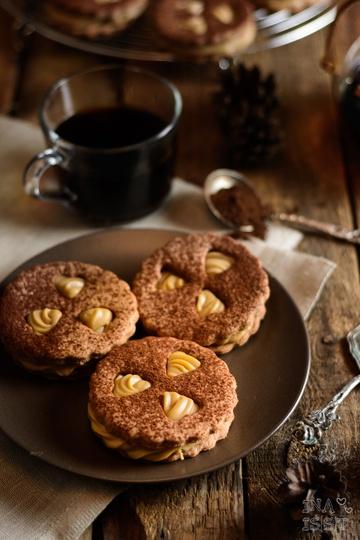 Rezept Pfauenaugen mit feiner Kaffeecreme und Kakao