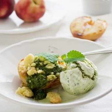 Rezept Pfirsich mit Pesto und Basilikum-Eis