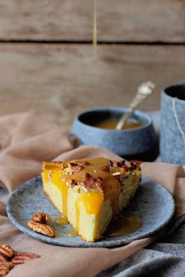 Rezept Pfirsich-Vanille Kuchen mit Pekanüssen und Butterscotch Soße