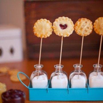Rezept Pie-Pops mit Frucht- oder Schokofüllung