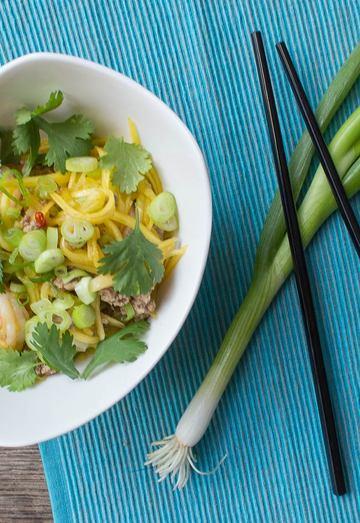 Rezept Pikanter Mangosalat mit Garnelen