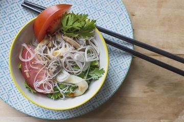 Rezept Pikanter Thai Glasnudelsalat mit Tintenfisch