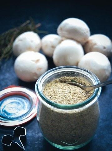 Rezept Pilz-Kräuter-Gewürzmischung mit getrockneten Steinpilzen