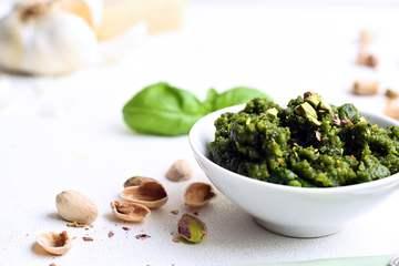 Rezept Pistazien Pesto mit Paprika Nudeln