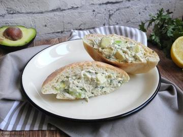 Rezept Pita mit leichtem Hühner-Avocado-Salat