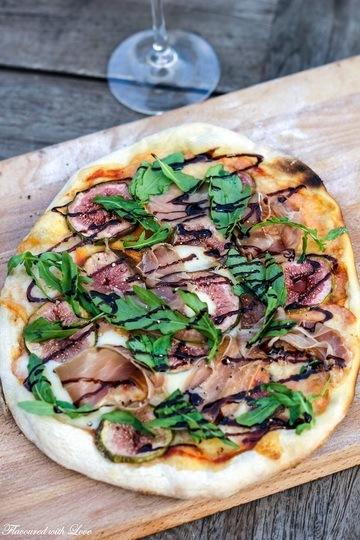 Rezept Pizza mit Prosciutto und Feigen