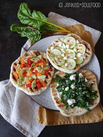 Rezept Pizzabrote vom Grill