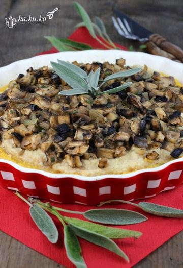 Rezept Polentapie mit Champignons und Cashewcreme
