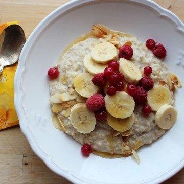 Rezept Porridge mit Honig und Früchten