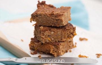Rezept Protein-Brownie, Protein-Riegel oder Karotte Kichererbsen Tray Bake