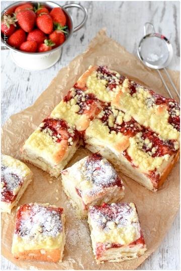 Rezept Puddingbuchteln mit Erdbeerfüllung und Streuseln