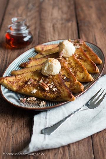 Rezept Pumpkin Spice French Toast mit Ahorn-Bourbon-Sirup