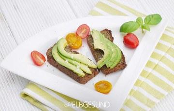 Rezept Quinoa-Chia-Zucchini-Toast – kurios aber genial und glutenfrei!