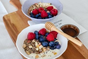Rezept Quinoa Porridge mit frischen Beeren