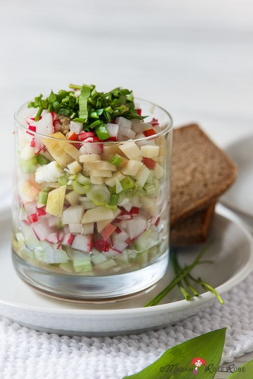 Rezept Radieschen-Frühlingssalat mit Honig-Senf-Vinaigrette