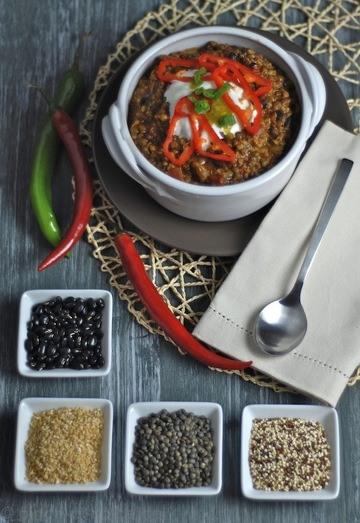 Rezept Rauchiges Chili mit Linsen, Bohnen und Quinoa (vegetarisch/vegan)
