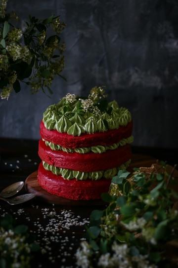 Rezept Red Velvet Cake mit Moringa – Weise Schokoladen Buttercre