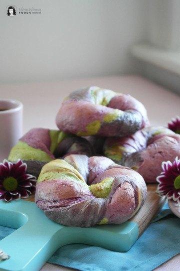 Rezept Regenbogen Einhorn Bagels natürlich gefärbt