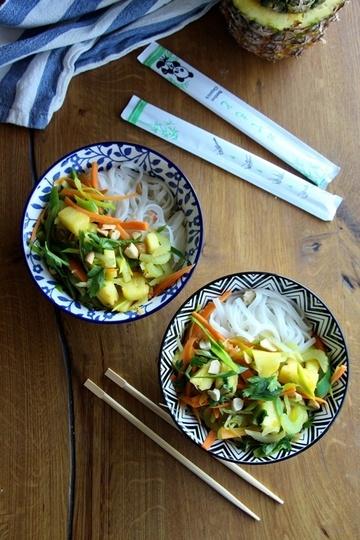 Rezept Reisnudeln mit Gemüse, Ananas und Erdnüssen