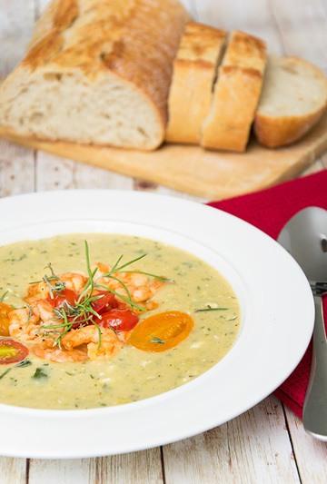 Rezept Rezept: Zucchini-Feta Suppe mit Thymian
