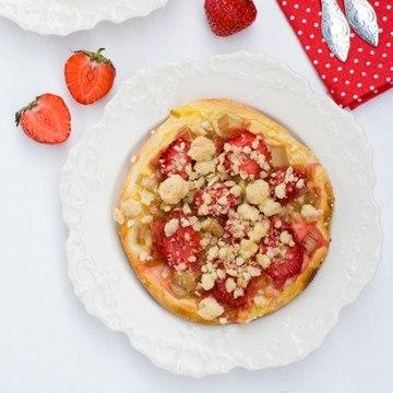 Rezept Rhabarber-Erdbeer Streuseltaler