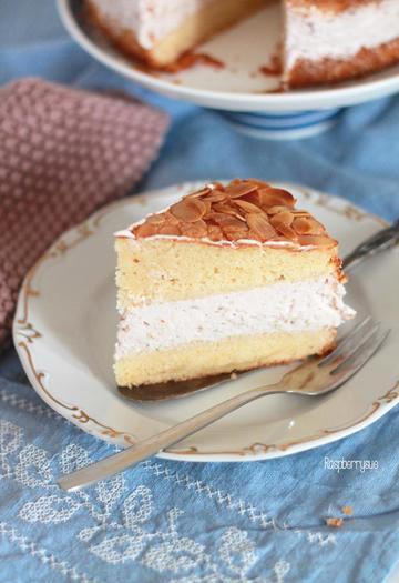 Rezept Rhabarber-Himbeer-Torte mit Quarkcreme