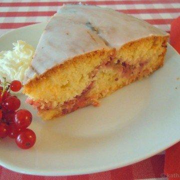 Rezept Rhabarber-Johannisbeer Kuchen