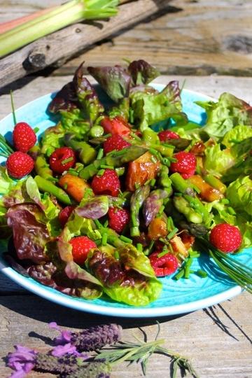 Rezept Rhabarber-Spargel-Frühlingssalat