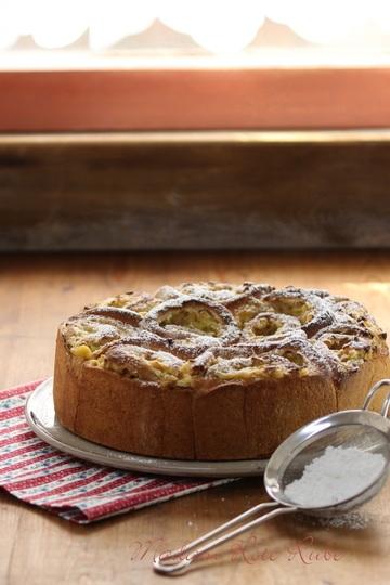 Rezept Rhabarber-Vanillecreme-Rosenkuchen