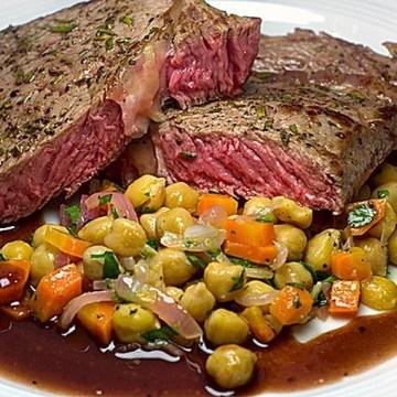 Rezept Rindersteak mit Kichererbsen-Salat und Portweinsauce