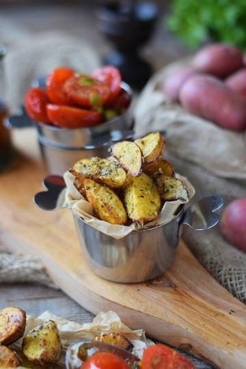 Rezept Roasted Parmesan Kartoffeln mit karamellisierten Tomaten