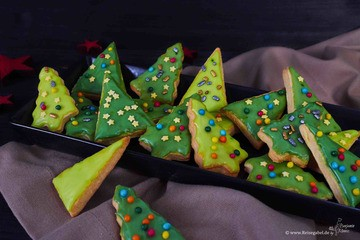Rezept Rooibos Weihnachtstannen – Plätzchen mit Tee Aroma