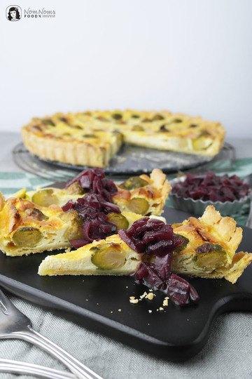 Rezept Rosenkohl-Quiche mit Rotwein-Zwiebeln