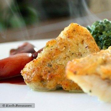 Rezept Rotbarsch mit Thymian-Kartoffelkruste und süßen Rotwein-Schalotten