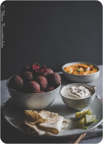 Rezept Rote-Bete-Falafel mit Kürbis-Hummus
