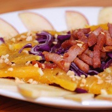 Rezept Rotkohl-Orangen-Salat mit Speck