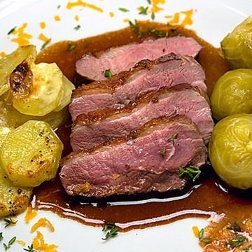 Rezept Rückwärts gebratene Entenbrust mit Portwein-Anis-Sauce